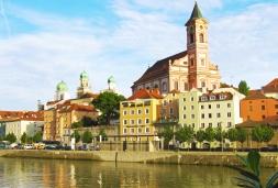 Donau im Feuerzauber
