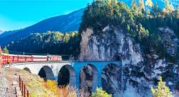 Ried im Oberinntal mit Bernina Express